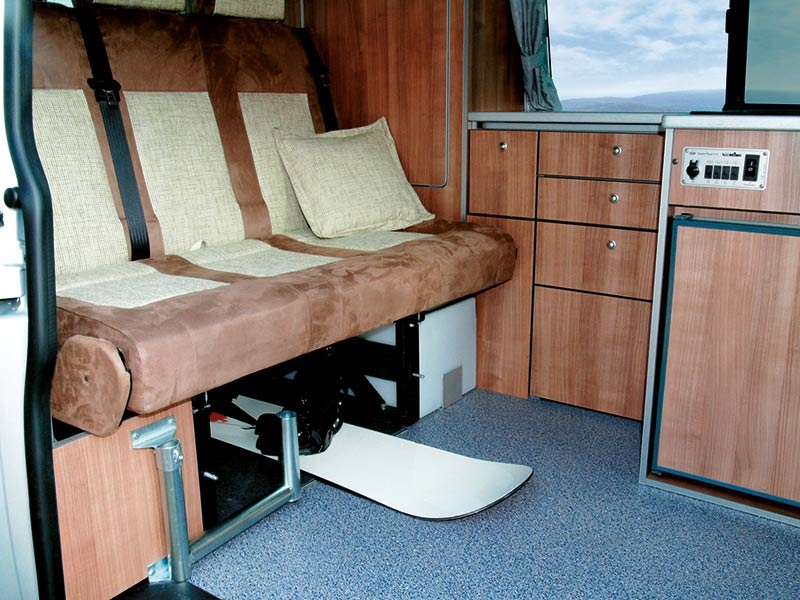 campingbus-vw-t5-travelstyle_05_xxl